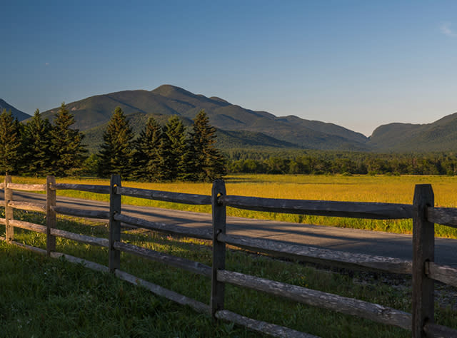 A view of the Algonquin Peak, Indian Pass from Adirondack LOJ Road