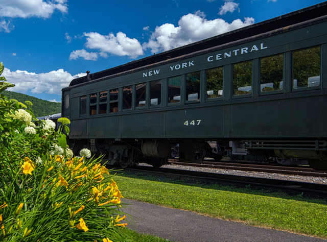A photo of a train cart on the Delaware & Ulster County Railroad