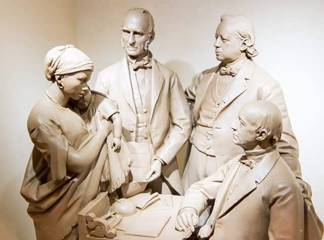 A photo of statues at the North Star Underground Railroad Museum
