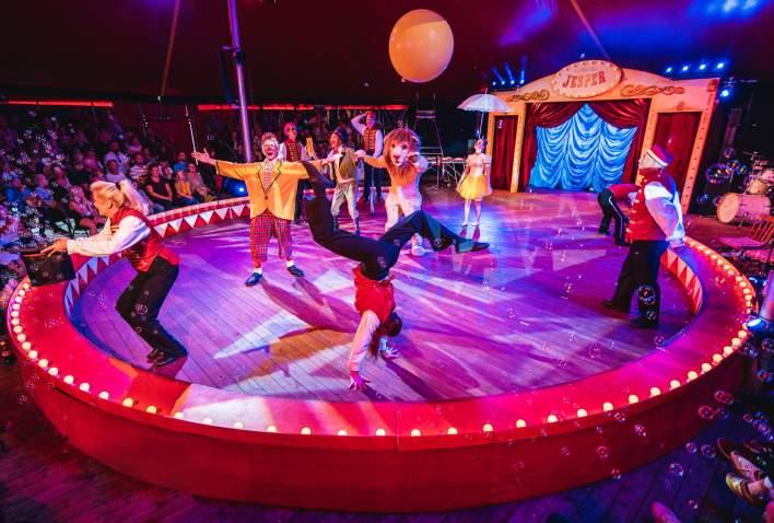 Sirkus Jesper forestilling i Dyreparken