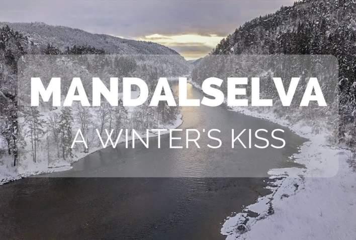 Mandalselva in the snow