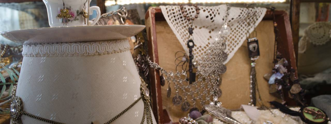Antique and estatage jewelry are popular items at Barn Fresh.