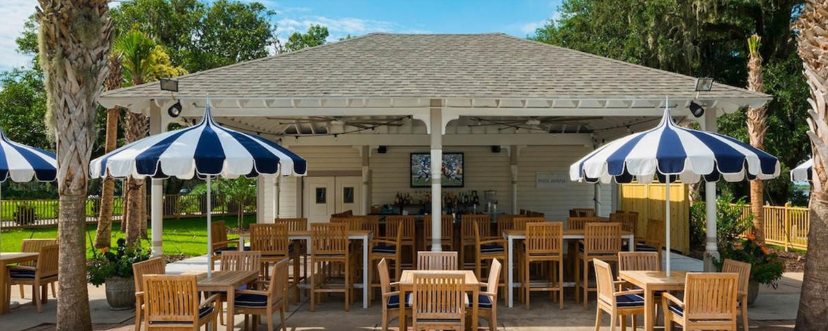 The Pool House at Jekyll Island Club Resort is a seasonal outdoor restaurant serving sandwiches, salads, burgers, specialty cocktails and more.