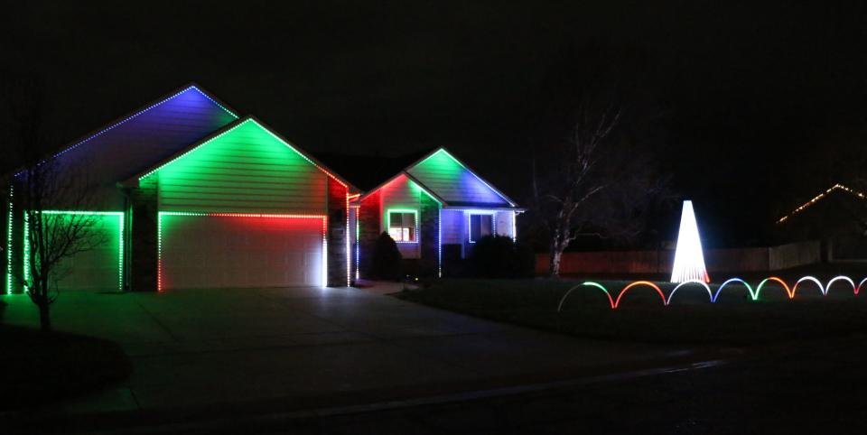 Carols on the Court Christmas Lights Wichita 2020