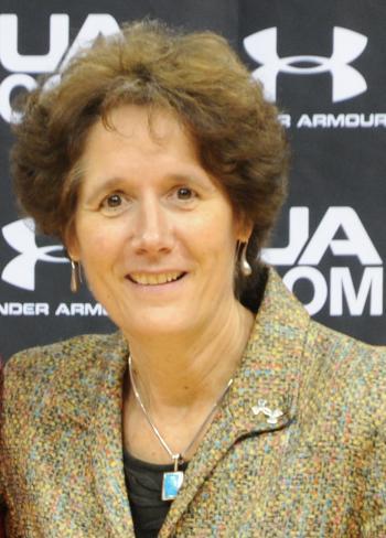 Kathy DeBoer Headshot