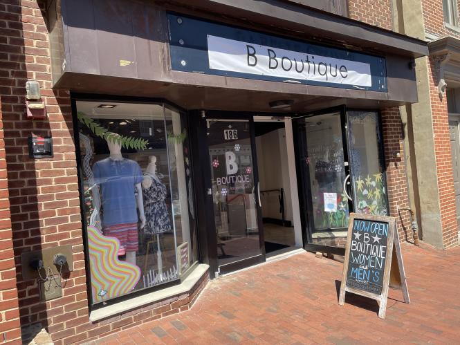 Exterior of B Boutique's pop up shop on Main Street Annapolis