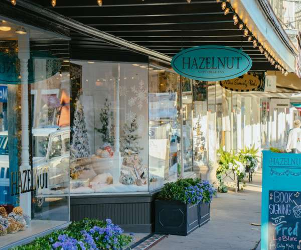 Local New Orleans Shops for Your Wedding Registry