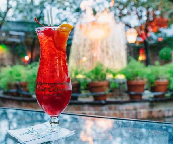 Original New Orleans Cocktails to Serve at Your Wedding
