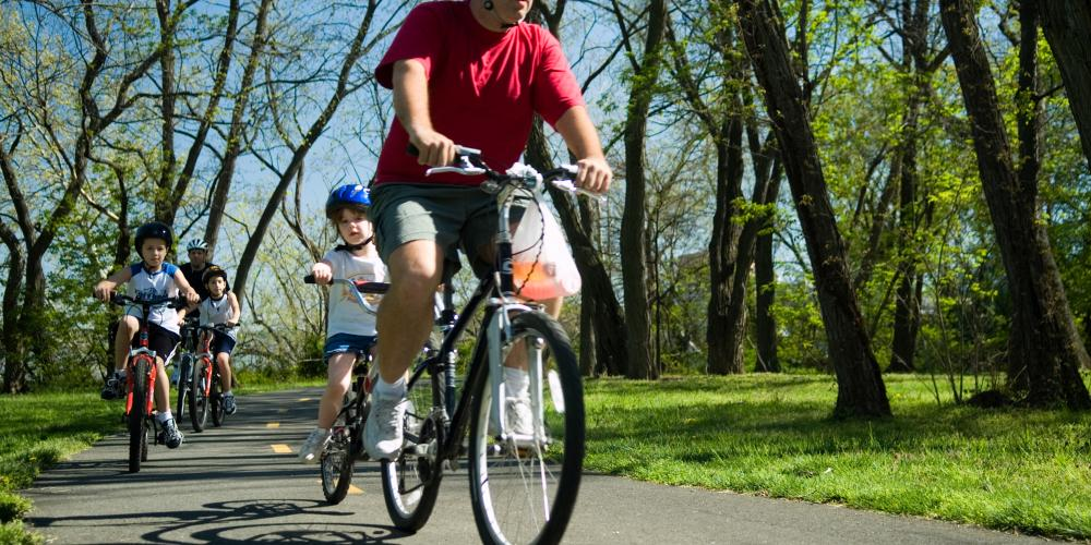 Biking the Mount Vernon Trail