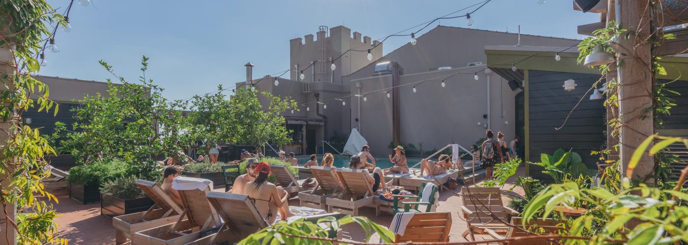 Alto - Piscine et bar sur le toit - Ace Hotel