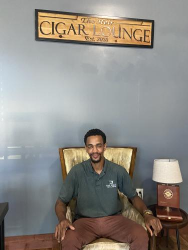 The Heir Cigar Lounge - Extra