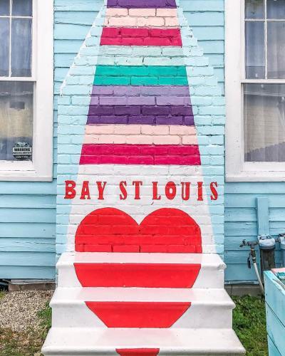 211 Main Bay St. Louis Mural