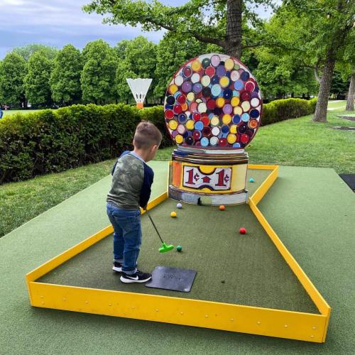 Putt Putt golf at the Nelson Atkins Museum of Art