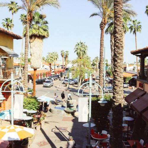 Downtown Palm Springs Plaza