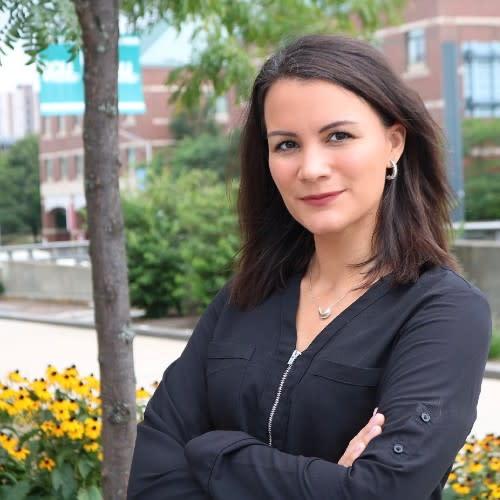Veronica Van Jura