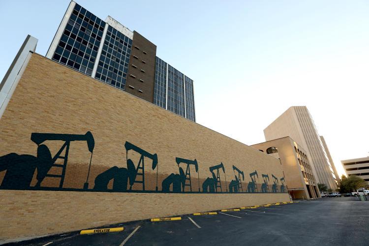 oil rig mural