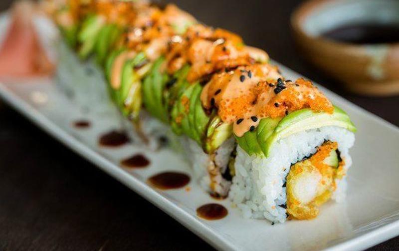 ten_sushi_dragon_roll