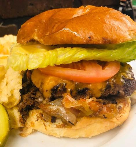Bridgeport Ribhouse Burger