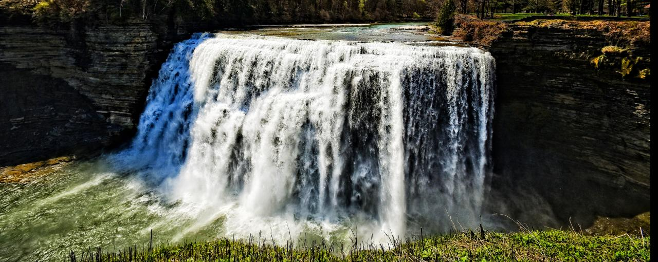 Letchworth Middle Falls ©Larry Tetamore