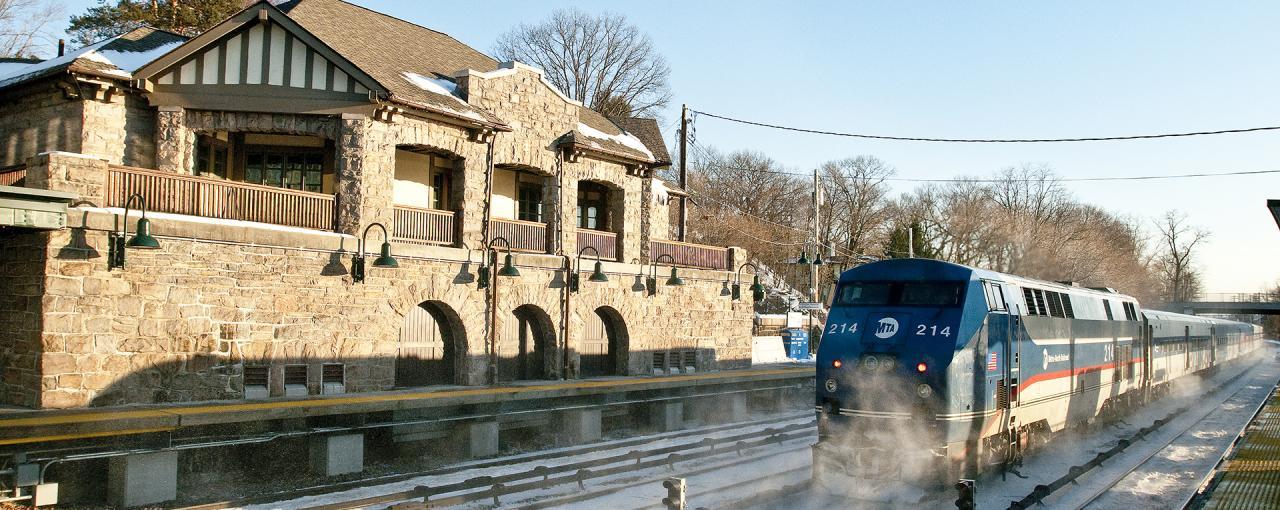 Philipse Manor station Courtesy of MTA - Photo by Patrick Cashin