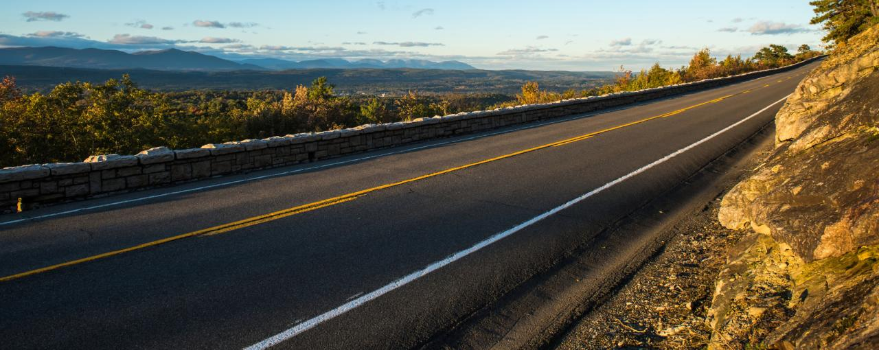 A picture of the road on the Shawangunk Mountains Scenic Byway in the Catskills