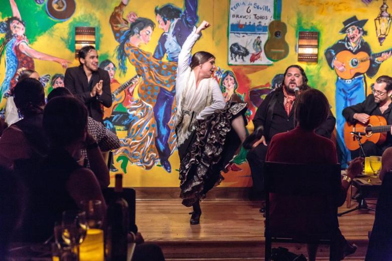 El Farol Flamenco