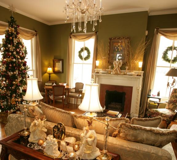 Antebellum Inn at Christmas