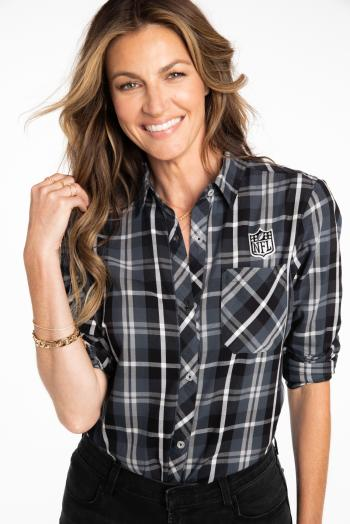 Erin Andrews Headshot 1