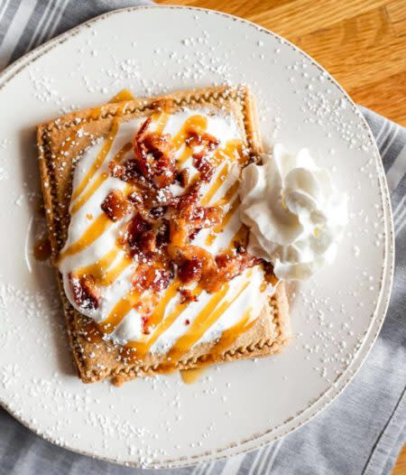 Salted-Caramel-Candied-Bacon-Roos Tart