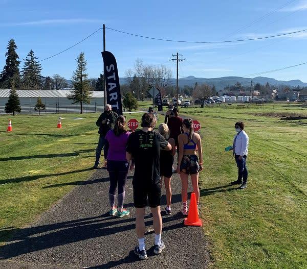 Cottage Grove Half Marathon Start Line