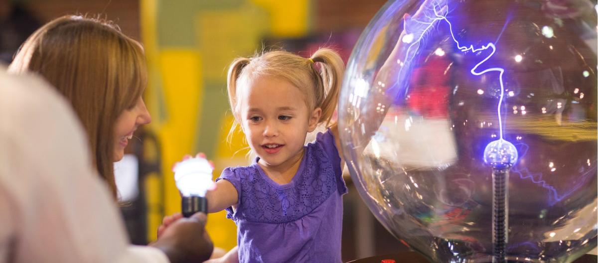 A child playing at the Discovery Center in Springfield, Missouri