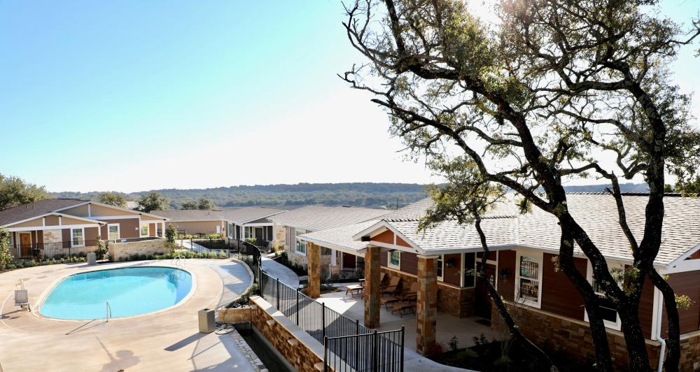 Pool at Carter Creek Winery Resort and Spa near Austin Texas