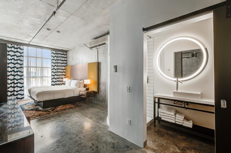 NYLO Skyline Suite
