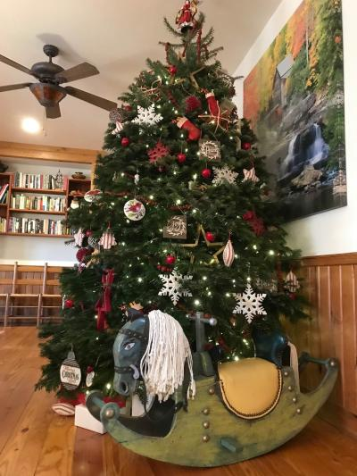Bent Creek Lodge Christmas Tree in Asheville, NC