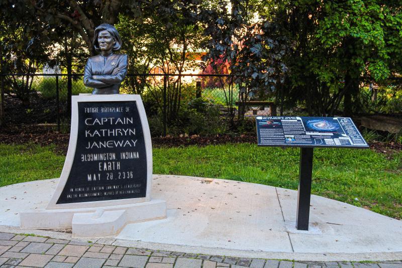 Captain Kathryn Janeway Statue