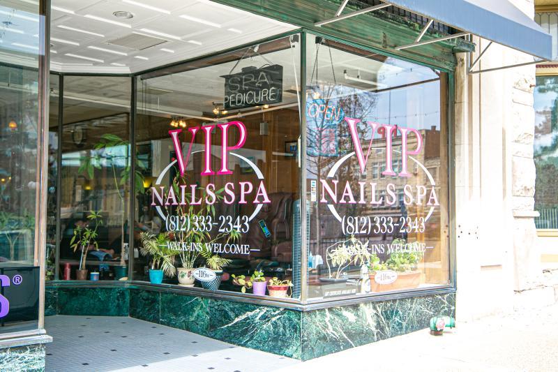 Exterior of VIP Nails Spa