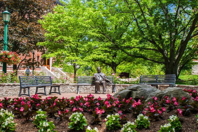 Herman B. Wells statue in Old Crescent
