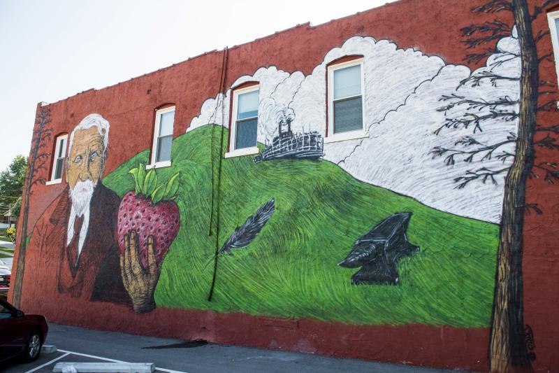 Splitlog Mural