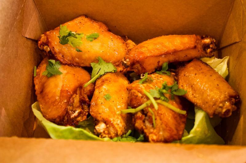 Bird & Buffalo Chicken Wings