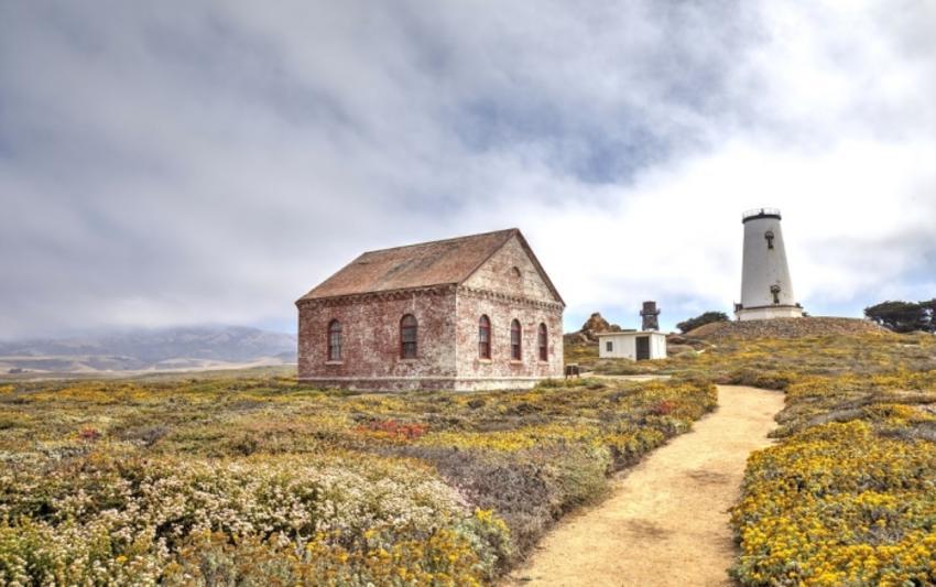 Piedras Blancas Lighthouse in SLO CAL