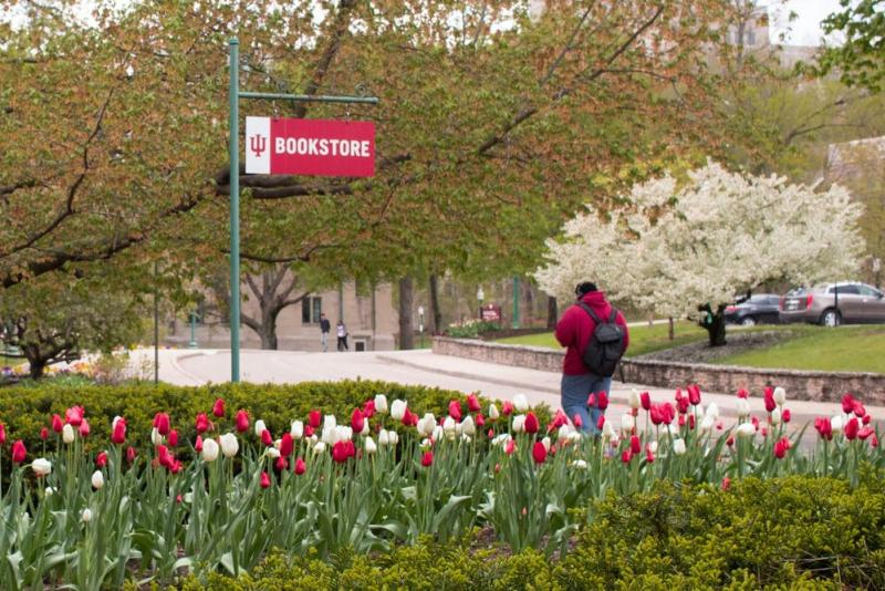 Outdoor sign to the IU Bookstore