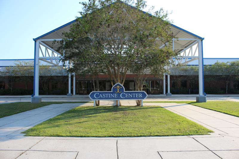 Castine Center, Mandeville