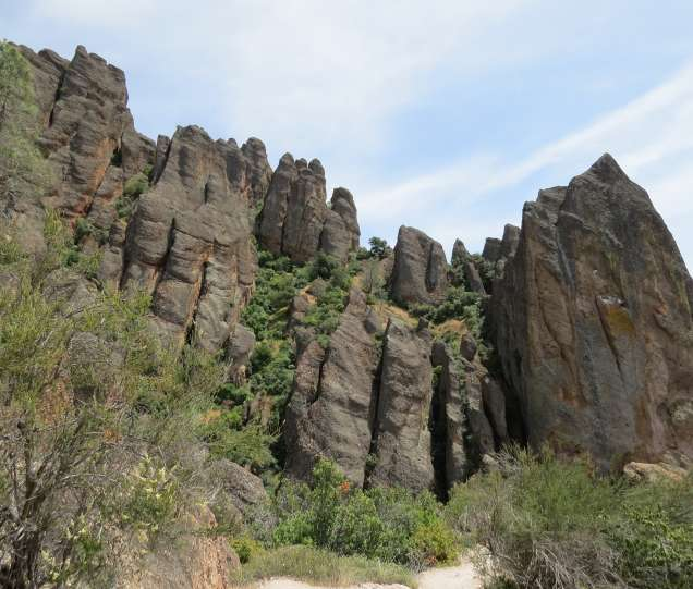 pinnacles national park trail guide