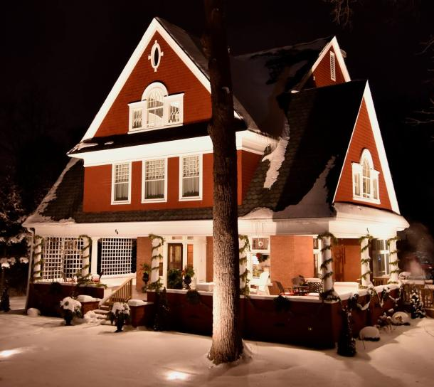 7 Gables B&B in winter