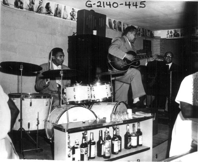 Milt Buckner performing in the Bengazi Room at Carr's Beach
