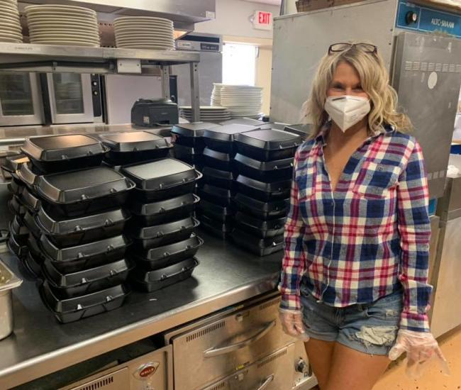 The Harbour Grille is making boxed lunches for 1st responders