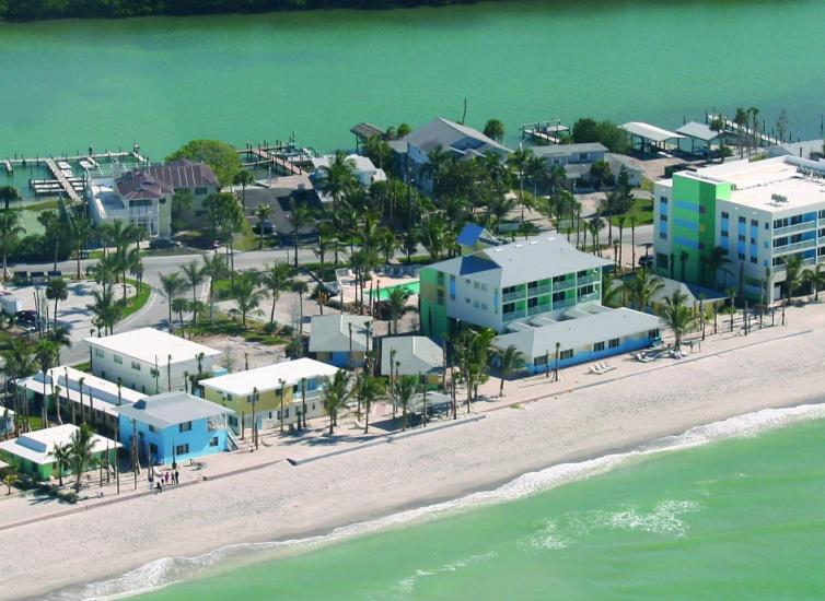Say Ah to Authentic Florida in Englewood