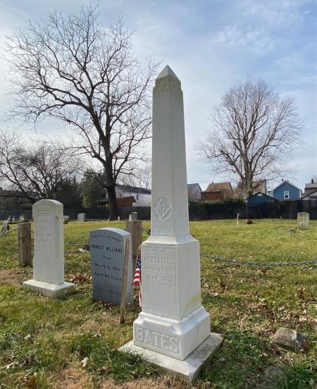 The grave marker of Wiley H. Bates in Brewer Hill Cemetery.