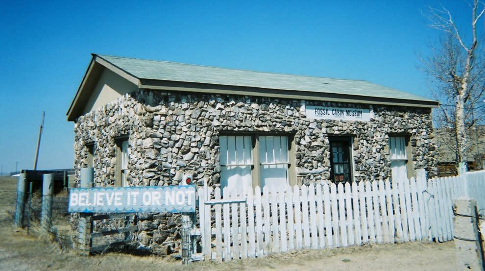 Fossil-Cabin