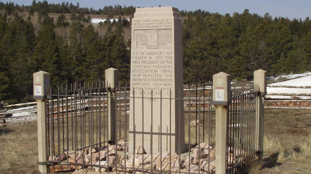 Henry-Joy monument